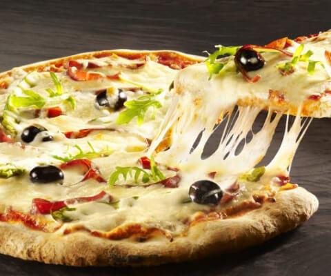 Galbani Mozzarella, Speck Ham and Asparagus Pizza - Galbani