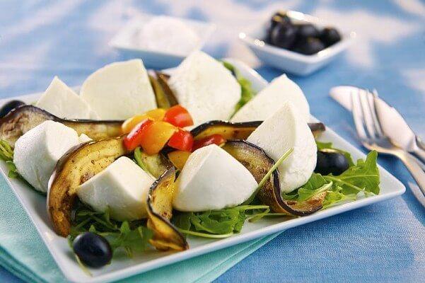 Galbani Mozzarella and Grilled Aubergine Salad - Galbani